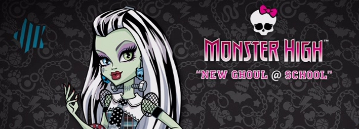 Banner Monster High New Ghoul in School