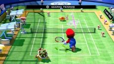 Review Mario Tennis: Ultra Smash: Wanneer Toad je een Mega Mushroom toegooit in Mega Battles groeit je personage en kan deze snoeihard slaan!