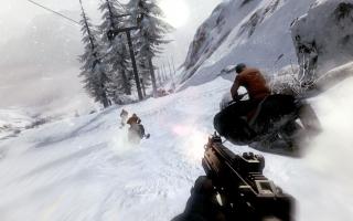 Zoals we van James Bond kunnen verwachten is het spel een first-person shooter met veel actie.