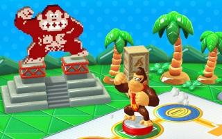 Gebruik de Donkey Kong amiibo om een nieuw bord te unlocken in <a href = https://www.mariowii-u.nl/Wii-U-spel-info.php?t=Mario_Party_10>Mario Party 10</a>.