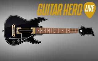 Ook de bijgeleverde gitaar heeft een redesign gekregen.