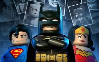 Speel als verschillende helden van de DC Universe.