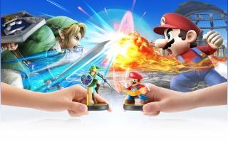 Hier zie je hoe de Link en <a href = https://www.mariowii-u.nl/Wii-U-spel-info.php?t=Mario_Nr_1_-_Super_Smash_Bros_series>Mario Amiibo</a> tegen elkaar vechten