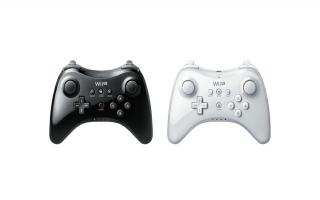 De controller is zowel in het wit als het zwart verkrijgbaar.