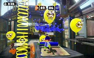 Of speel tegen 1 vriend in de lokale 1-tegen-1 mode, Battle Dojo. Knap de meeste ballonnen!