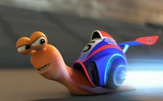 Race met Turbo en zijn snelle vriendjes.